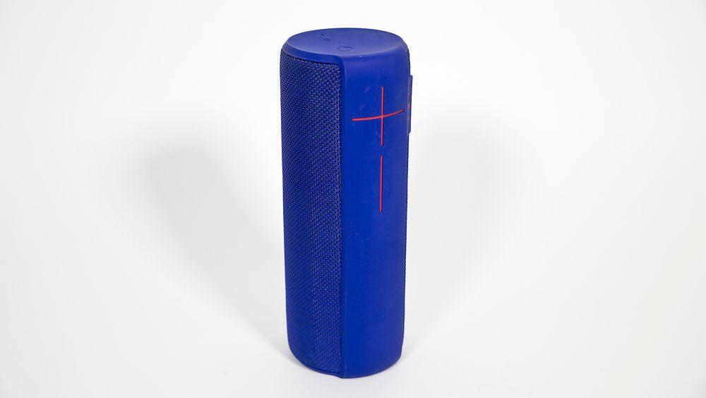 Logitech UE Megaboom er en større utgave av Logitechs gode Boom. Det betyr blant annet bedre lyd, bedre batterilevetid og bedre bluetooth-rekkevidde.