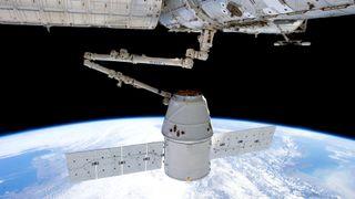 Elon Musk vil levere brukbart internett via satellitt