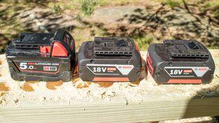 Hva kan tynes ut av et 18 volts verktøybatteri?