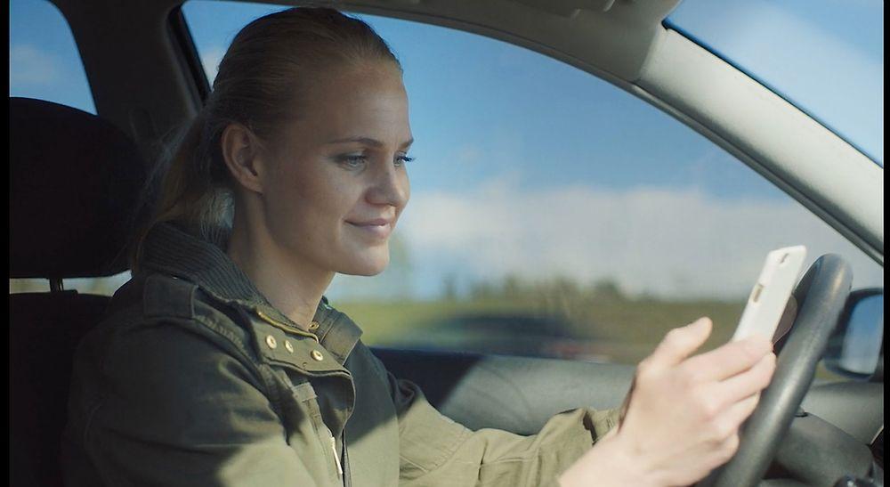 Kampanjen «Hold fokus» er en holdningskampanje som har som mål å endre norske holdninger til førerdistraksjoner.