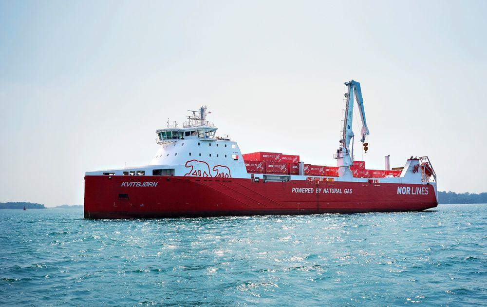 Langt: Ferden til M/S Kvitbjørn fra verftet i Kina og til Norge tidligere i år, var verdens lengste ferd til sjøs med LNG som drivstoff.