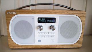 Rimelig digitalradio til stuebordet