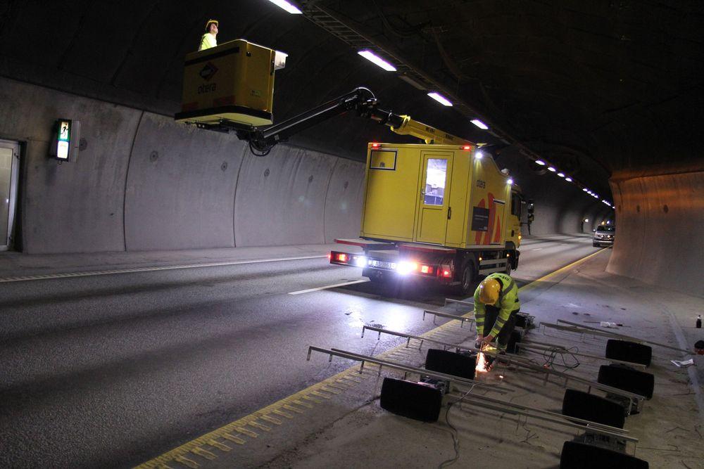 Natt til tirsdag skal Statens Vegvesen teste ut et nytt høyttaleranlegg i Nordbytunnelen.