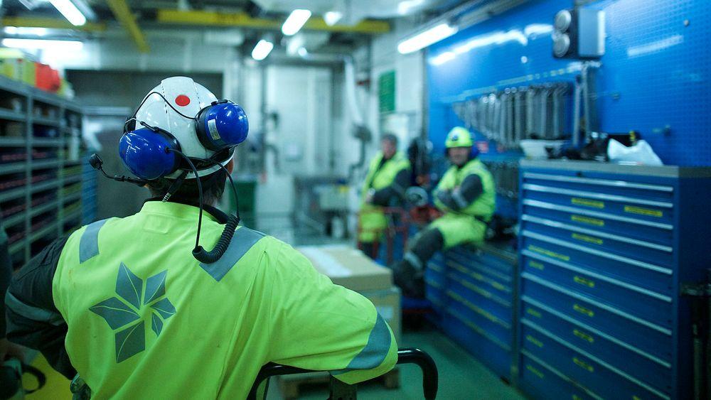 Statoil bekreftet tirsdag at selskapet skal kutte opp til 1500 fast ansatte innen utgangen av 2016.