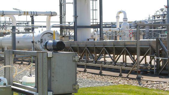 Gassdetektoren fra gas Secure montert på et gassanlegg. Batterilevetiden er to år.