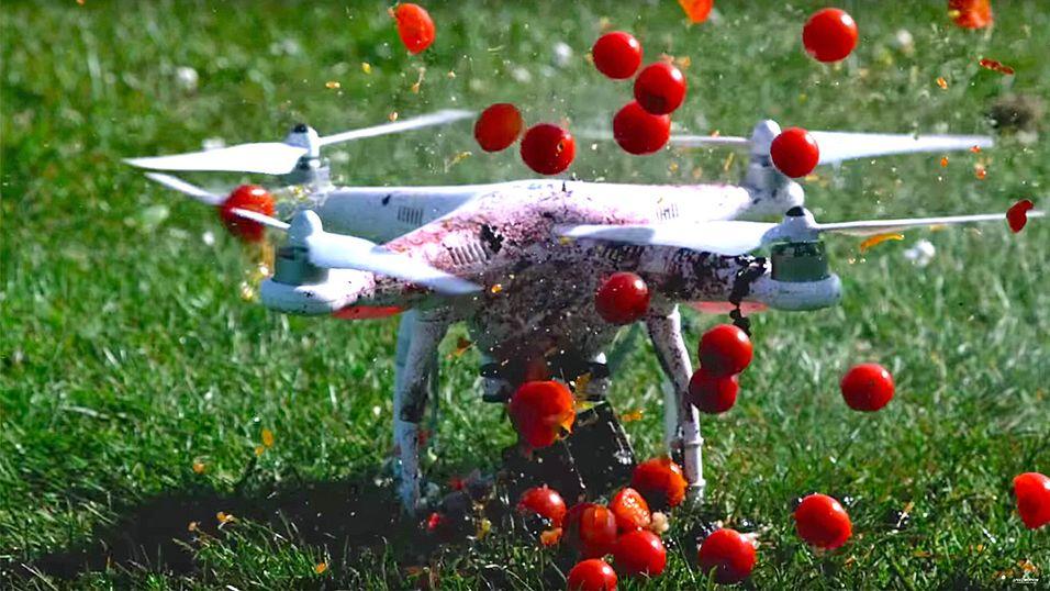 Hva med en herlig tomatjuice a là drone?
