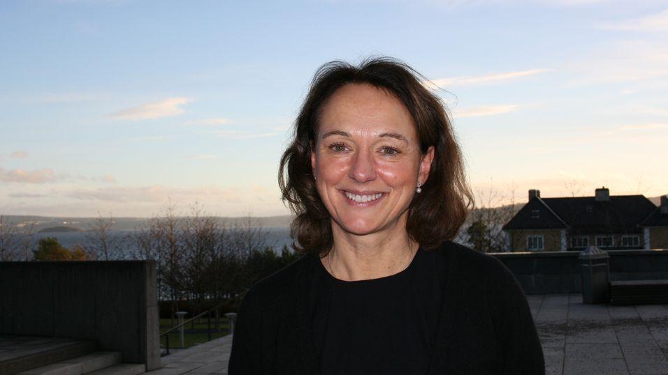 Birgit Bjørnsen er leder for TV og bredbånd i Telenor. Hun bekrefter at «alltid på nett»-garantien gjør at flere bredbåndskunder velger Telenor også på mobil.