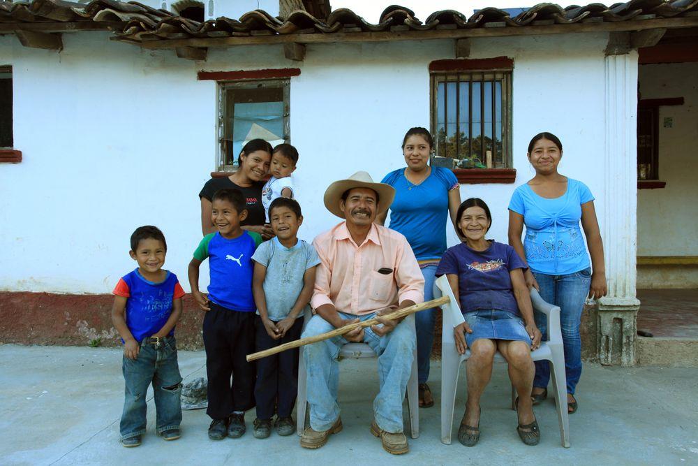 Don Valentín og hans familie er en typisk og stolt kaffefarmer.