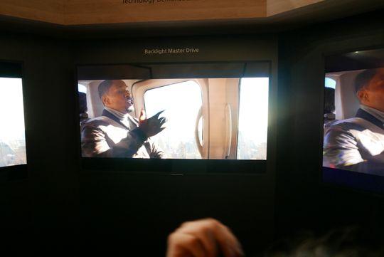 Backlight Master Drive gir en lysstyrke som er vanskelig å fange på bilder.