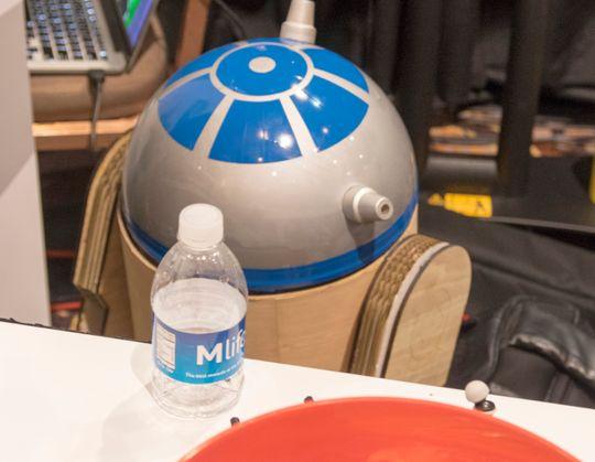 Star Wars-effekter er i vinden for tiden, men denne R2D2-en så litt tafatt ut.