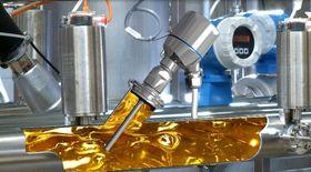 Et Pt-100 elementet fra Endress+Hausser der temperaturen måles fra tuppen av elementet.