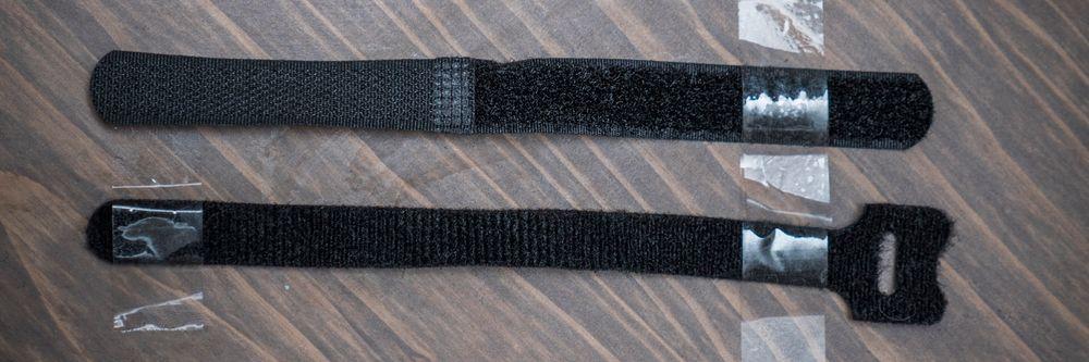 Borrelåsen av den nederste typen er enklere å tre på en kabel som skal kveiles sammen, men vi fikk fint til å klippe den andre borrelåsen slik at også den fungerte slik.