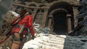 Nye Rise of the Tomb Raider gjør seg best på en skikkelig spill-bærbar.