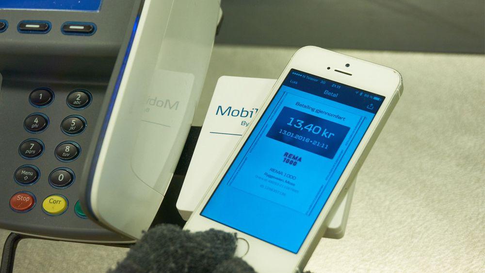 Det er utrolig lett å bruke Mobile Pay til betaling av matvarer – takket være denne smarte platen.