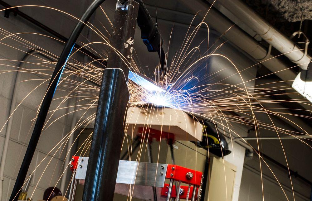 En 3D-printer som skriver ut i metall har blitt lansert under åpen kildekode.