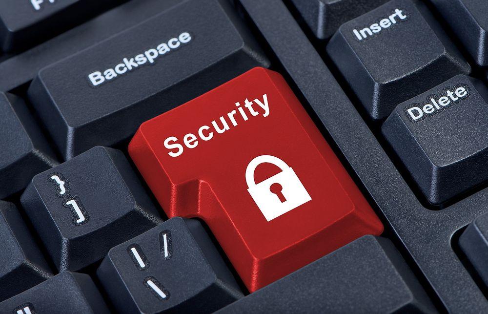 Konsekvensen av økende sikkerhetstrusler er økt behov for folk som er i stand til å takle utfordringene.