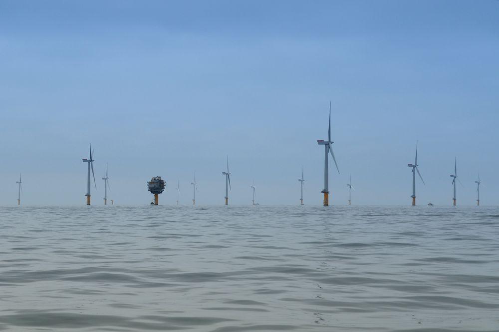 Velger stort: Statoil  velger Siemens direktedrevne 6 MW-turbin til havvindparken Dudgeon. Det er langt større enn 3,6 MW-turbinen som er brukt her i Sheringham Shoal. Foto: Alan O'Neill.