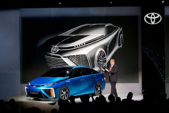Slik ser Toyota FCV-konseptet ut, som senest ble vist fram på CES 2014 denne uka.