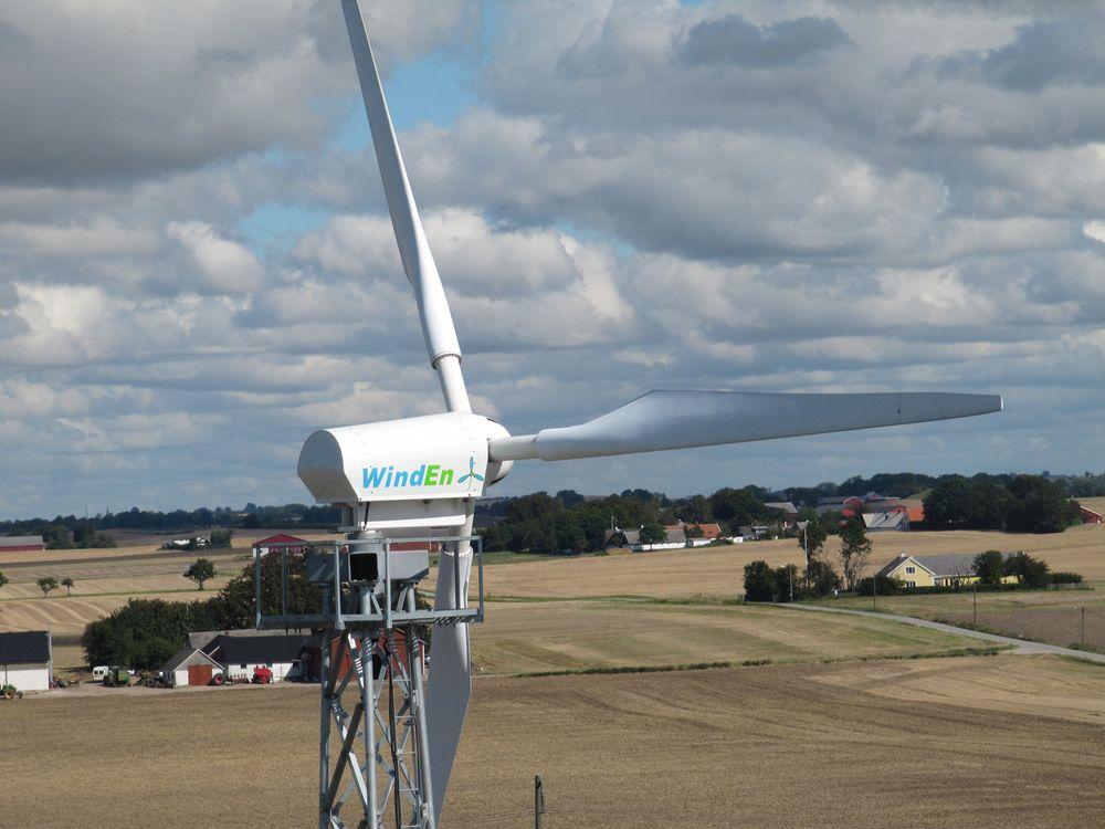 Tar ikke av: En vindturbin er en stor investering for en bonde, og så langt drøyer vindkraftboomen i landbruket. Foto: Wind Energy Nordic