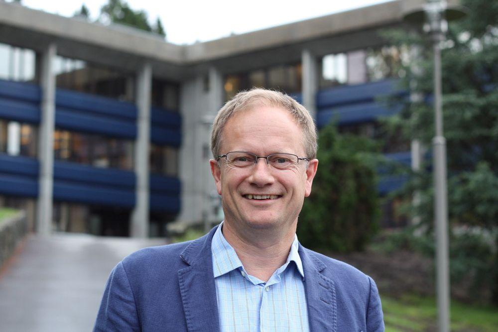 Lars Børve, administrerende direktør i konsulentselskapet Necon, får flere prosjektoppdrag, når oljeindustrien må spare penger.
