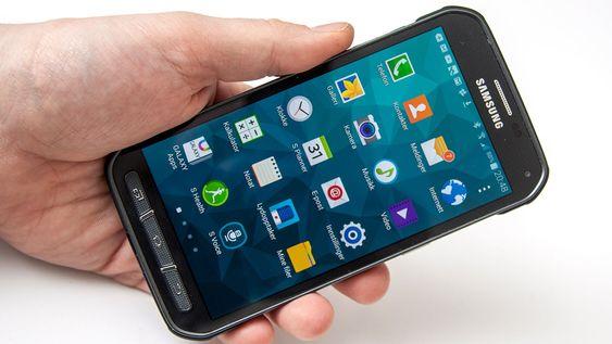 Menyene er de samme som på Galaxy S5.