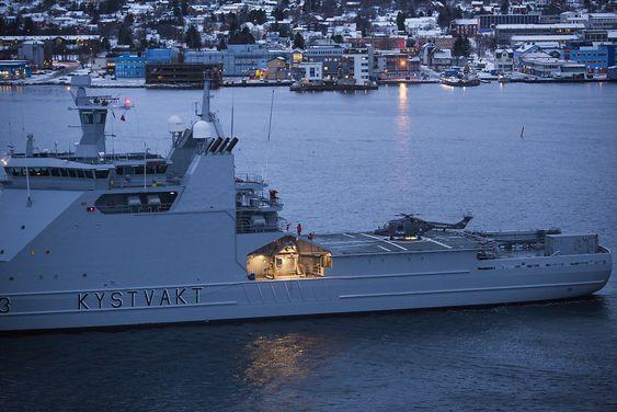 Kystvakthelikopter 207 landet på KV Svalbard for siste gang søndag.