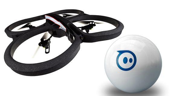 Parrot AR.Drone 2 og Sphero er to spenstige leker til den som har alt.