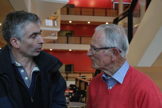 Gledelig gjensynsmøte mellom Eivald Røren og førsteamanuensis  Olivier Darrieulat, som underviser er i Fransk litteratur og kulturkunnskap ved Universitetet i Oslo.
