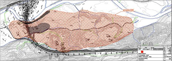 Den røde skraveringen viser omfanget av kvikkleire i området der den nye veien skal bygges over Skauga.