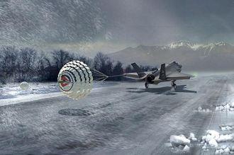 Bremseskjermen er nødvendig for å kunne operere kampflyene med is- og snødekte rullebaner og i kraftig vind.
