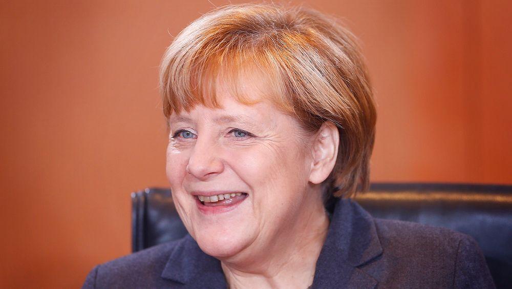 Tysklands statsminister Angela Merkel leder regjeringsmøtet onsdag hvor en omfattende plan for hvordan målet om CO2-kutt på 78 millioner tonn innen 2020, skal nås.