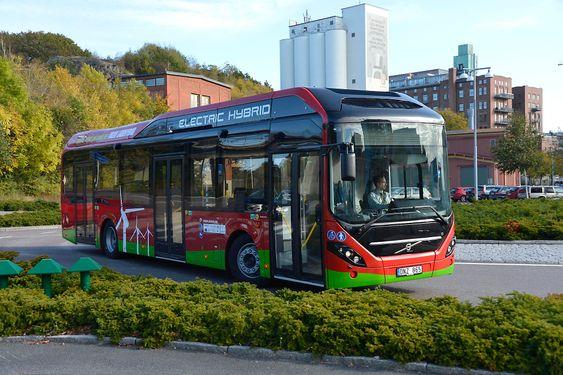 Slik er de nye ladbare hybridbussene fra Volvo som i første omgang skal til Hamburg og Stockholm og deretter hit til Göteborg.
