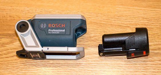 Løst batteri: Det løse batteriet er svært lett så skifte. Et på 2 Ah holder til fulll lysstyrke i seks timer.
