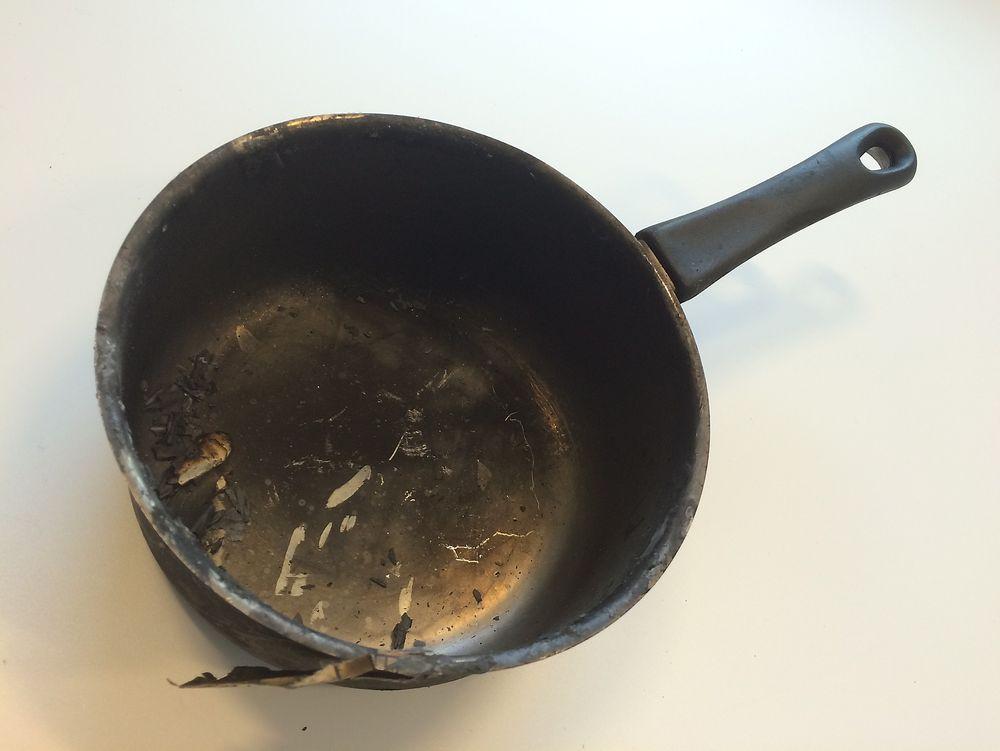 Tørrkokte gryter og kjeler er ofte en brannårsak i stressende perioder med mye matlaging.