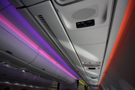 """Mood-lightning"", kaller Airbus den nye kabinbelysningen i A350."