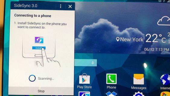 Med SideSync 3.0 kan du speile telefonskjermen på nettbrettet, og dermed fortsette å bruke den selv om den ligger i et annet rom.