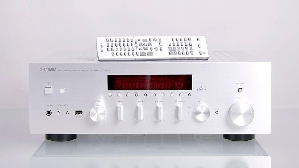 Yamaha R-N500.