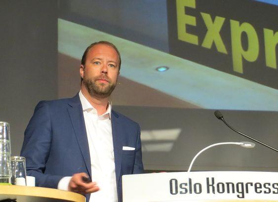Lars Petter Ulveseth fra Knowit snakket om betydningen av en god brukeropplevelse under Finansnæringens Digitaliseringskonferanse.