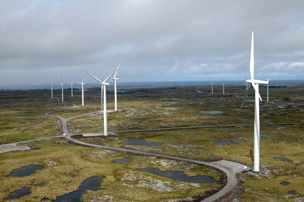 - Lønnsomt: Statkraft har konkludert med at selskapet kan tjene penger på å fornye Smøla vindpark. En oppgradert park kan få færre, men kraftigere vindmøller.