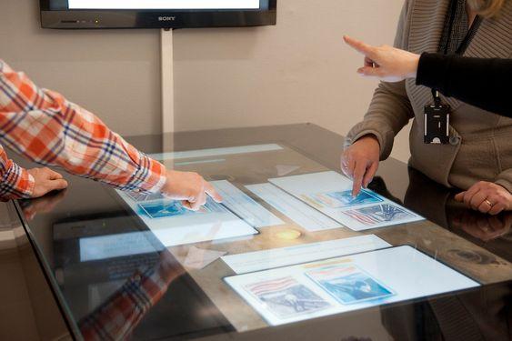 En såkalt multitouch tabletop var også del av Munch-prosjektet.