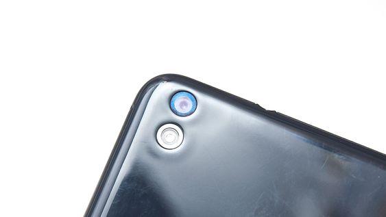 Kameraet tar bilder i 13 megapikslers oppløsning.
