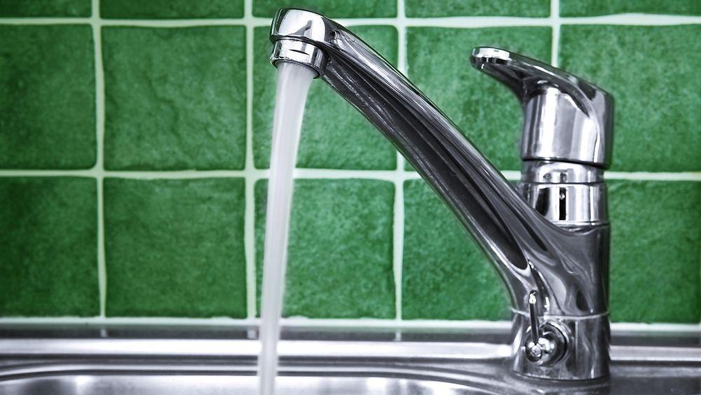 Oslofolk må kutte vannforbruket med 30 liter hver om dagen om kapasiteten skal kunne forbli på dagens nivå, advarer direktør Per Kristiansen i Vann- og avløpsetaten.