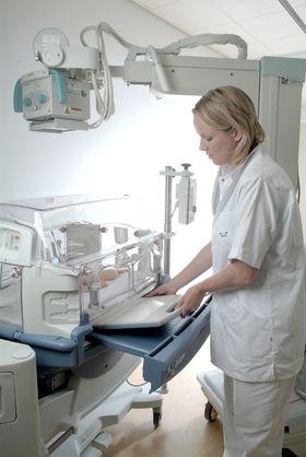 Mobile røntgenmaskiner: Små mobile røngenmaskiner i kombinason med digitale røngensensorer forenklere hverdagen i helsesektoren.