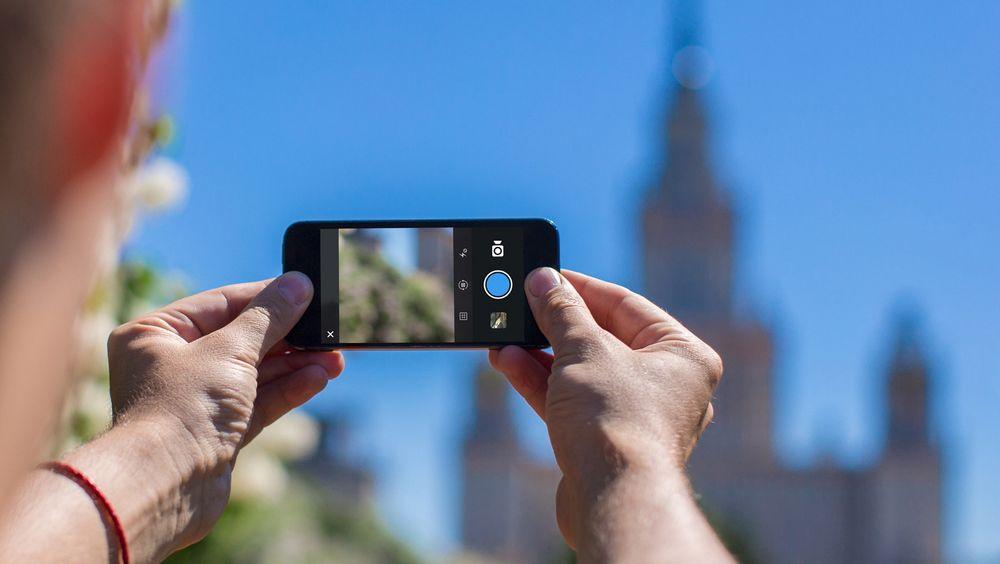 Det kan være lurt å utstyre telefonen med mer enn bildedelingsapper før du skal på ferie.