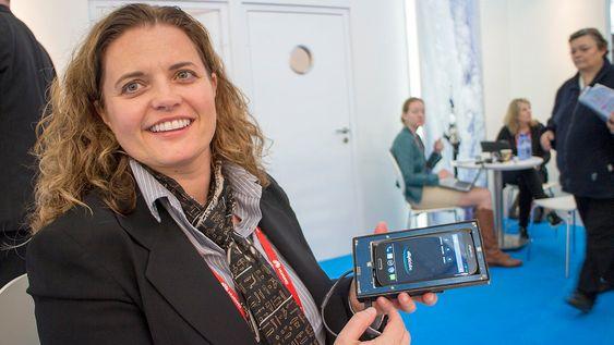 Ultralyd på norsk: Adm. direktør i Elliptic Labs, Laila Danielsen tror det snart kommer produkter med den norske ultralydteknologien som gir et tredimensjonalt grensesnitt på mobiler og andre ting.