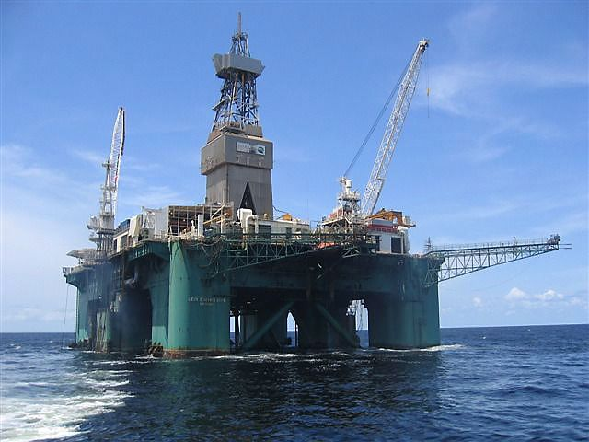 For OMV har avstander og logistikk, spesielt knyttet til beredskap, vært den største utfordringen. Her er riggen Leiv Eriksson som selskapet har brukt til å bore brønner i Hoop-området, 300 kilometer nord for Hammerfest.