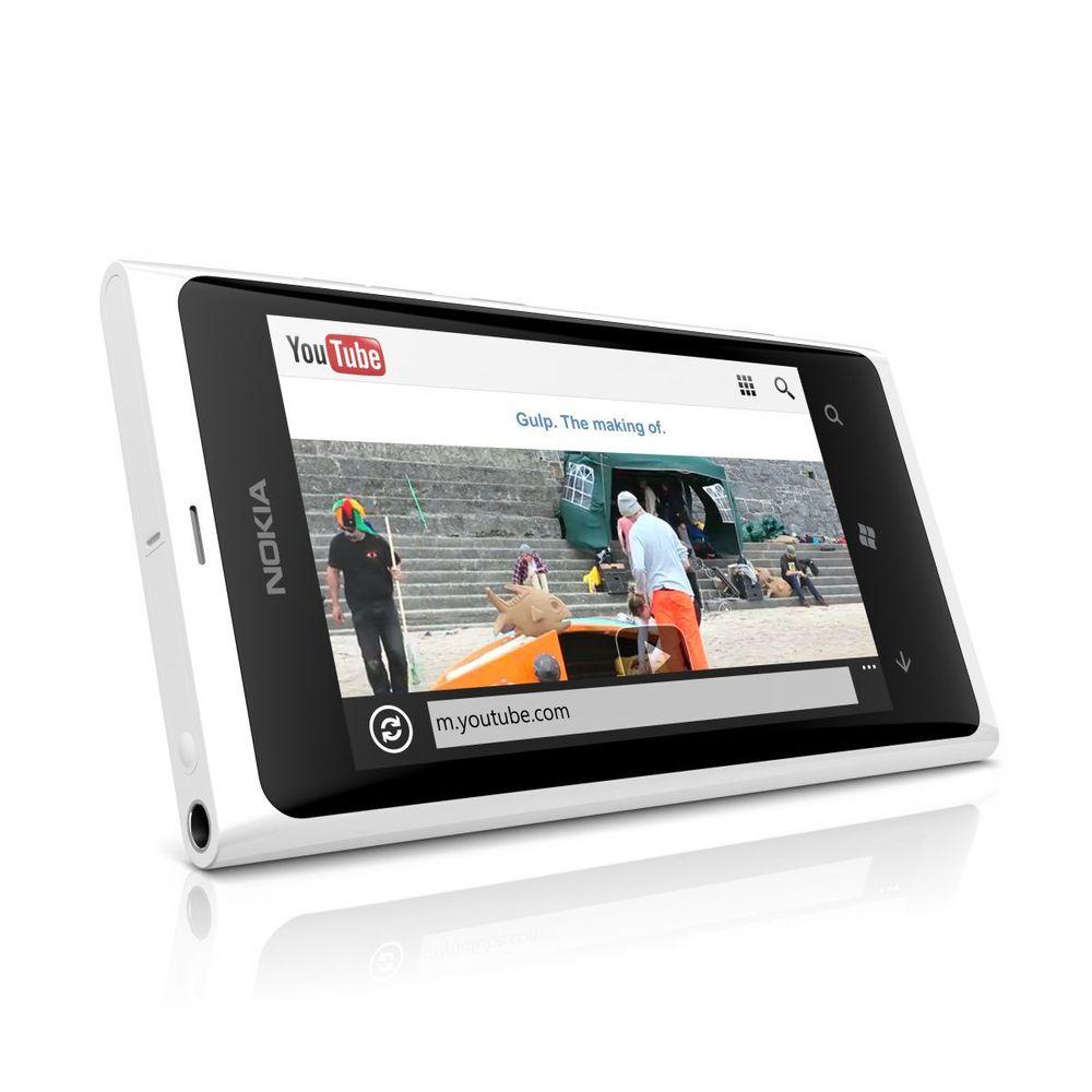 Ny bugfiks ute til Lumia 800