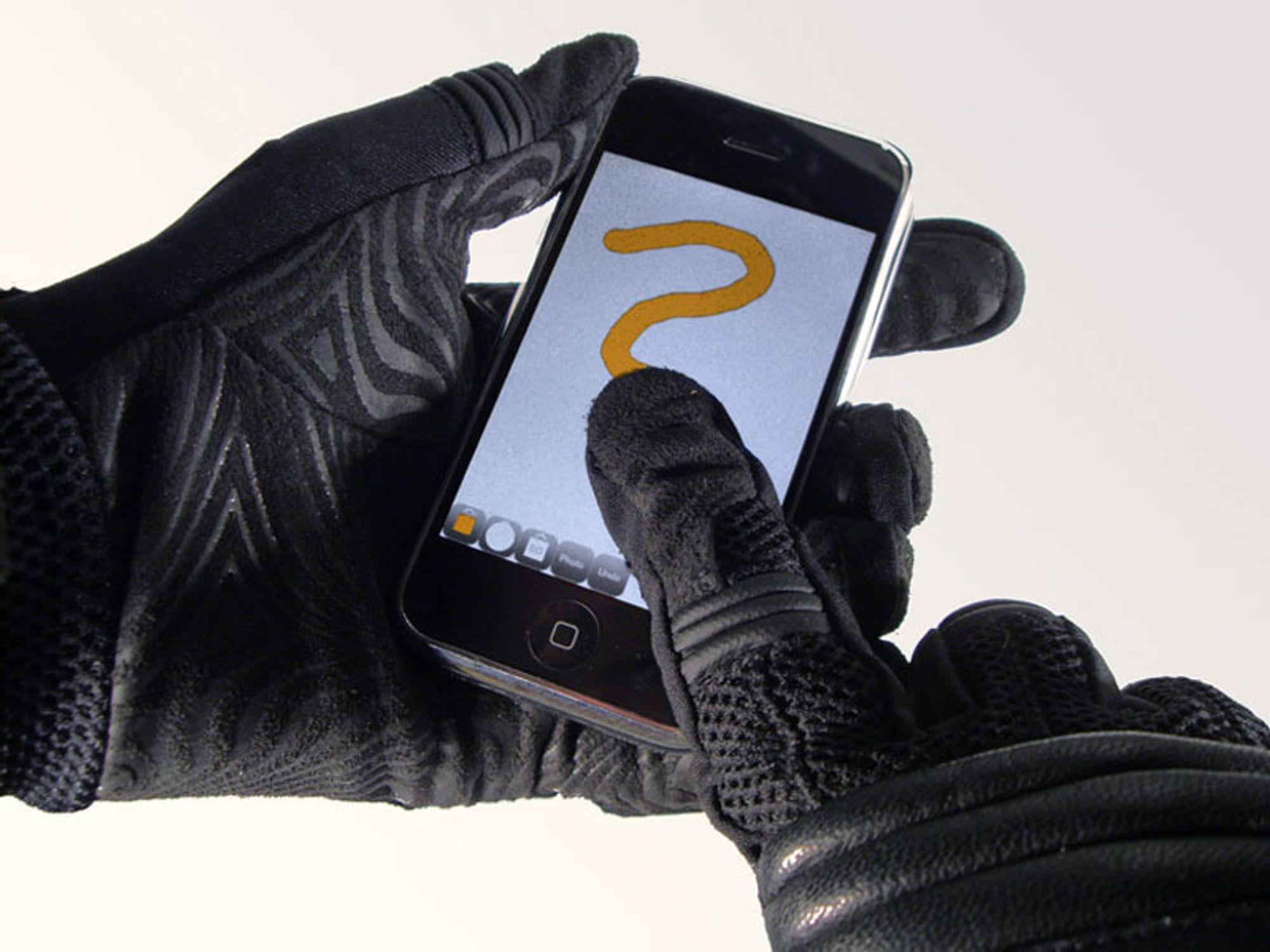 Hvordan skrive på Iphone med hansker