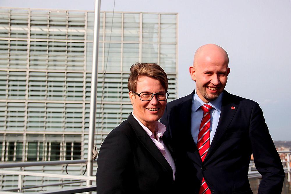 Klima- miljøminister Tine Sundtoft og olje- og energiminister Tord Lien var begge i Brussel 11. februar 2014 for å diskutere forslaget til klima- og energirammeverk mot 2030 med henholdsvis miljøkommissær Connie Hedegaard og energikommissær Günther Oettinger.
