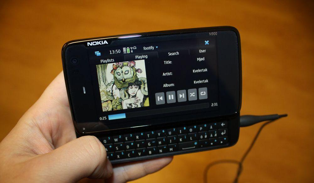 Her kjører vi Spotify på Nokia N900